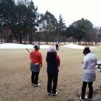 ゴルフスクール コースレッスンを内原カントリー倶楽部で行いました。